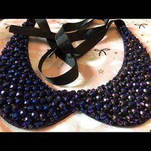 STUNNING blue/purple Peter Pan collar necklace